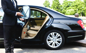 Best Price Limo Car Service at Logan Airport in Boston